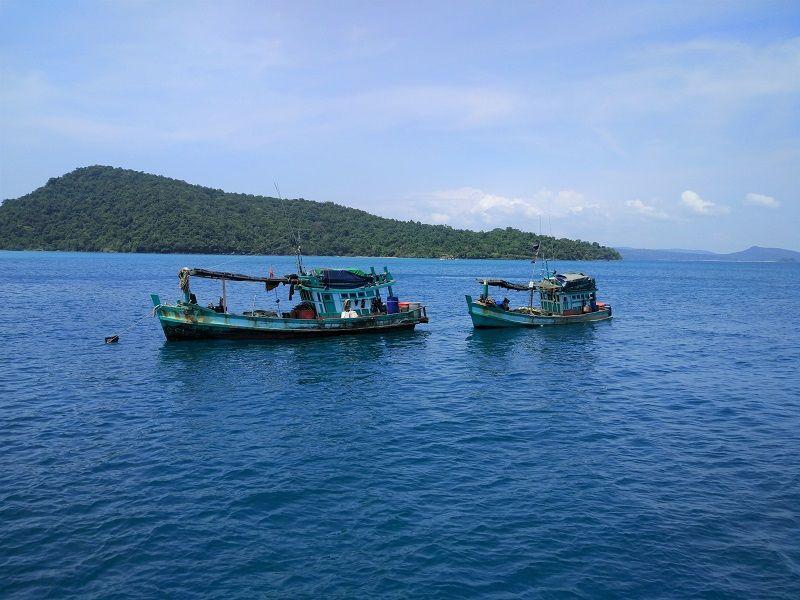 Bateaux de pêche, îles du sud du Cambodge