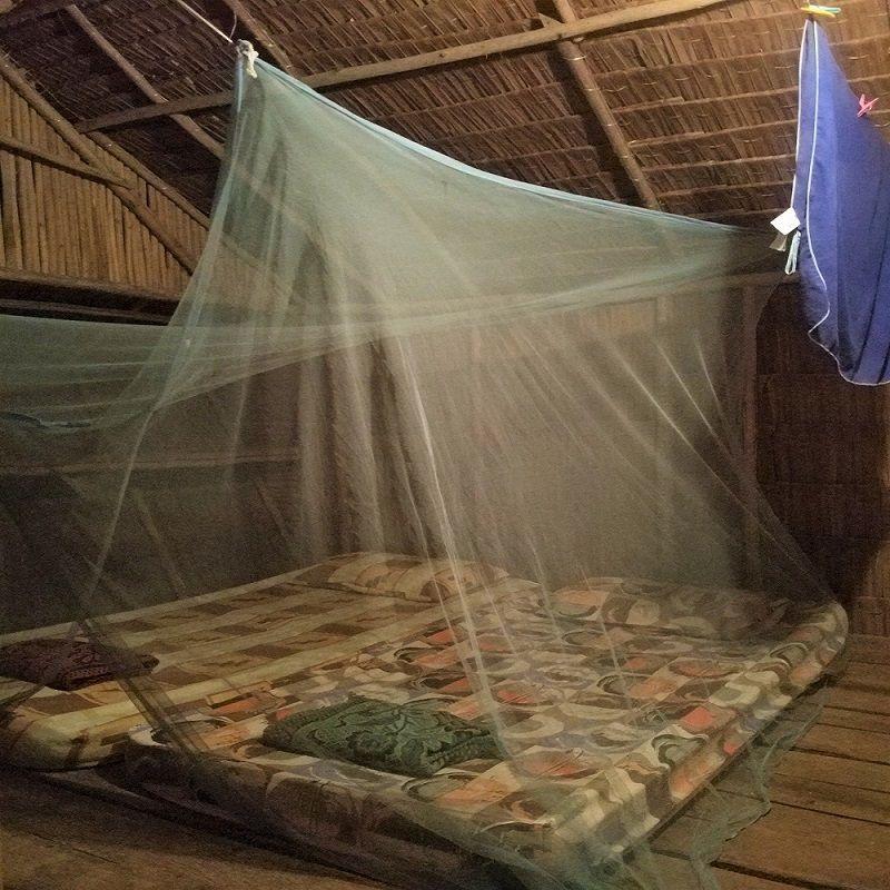 Cabane au Tampat do Aman, Tip of Bornéo, Malaisie
