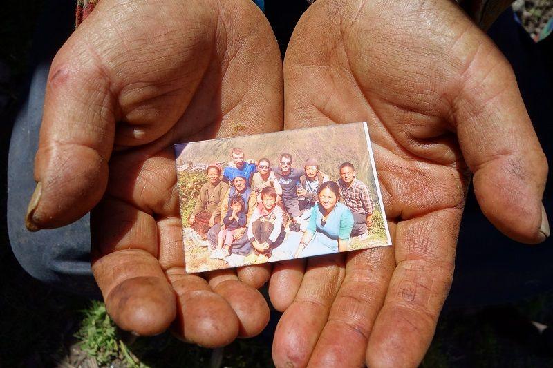 mini photo souvenir trek dans les mains
